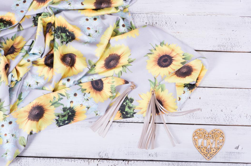 Платок #Sunflowers